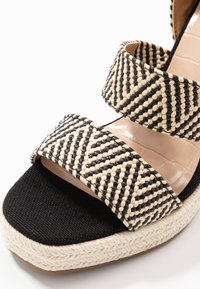 Call it Spring - MARICHINI - Korolliset sandaalit - black/multicolor - 2
