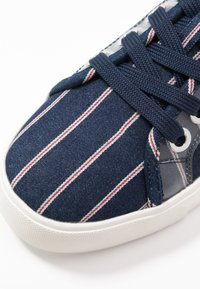 Call it Spring - NAVIGATE - Trainers - navy - 2