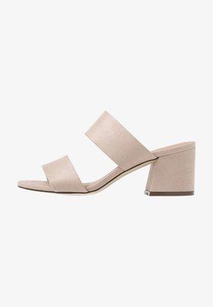 ELEIN - Pantofle na podpatku - beige