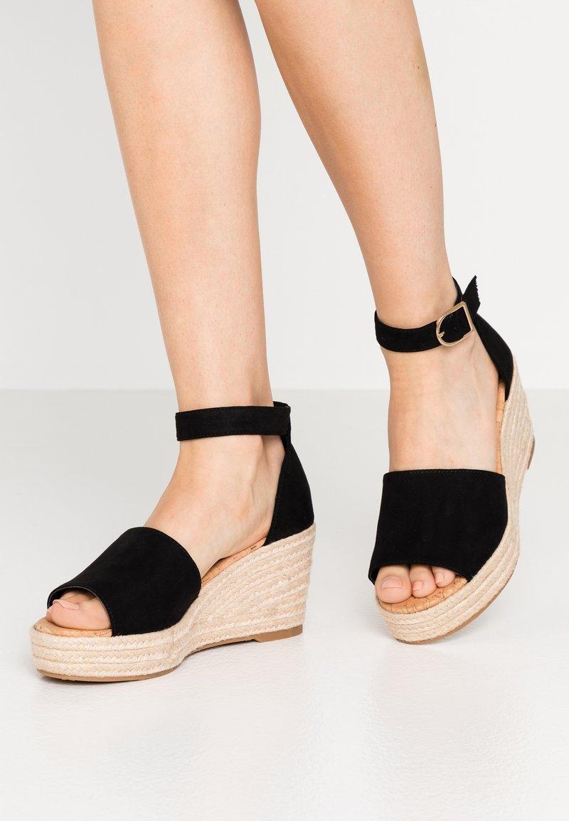 Call it Spring - LIBERTII - Sandali con tacco - black