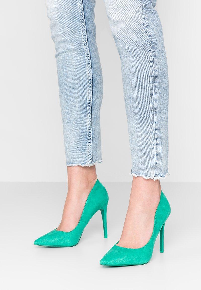 Call it Spring - MYKEL - Zapatos altos - bright green