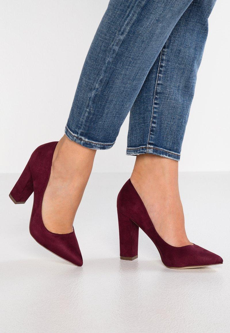 Call it Spring - ELAMA - Zapatos altos - bordo
