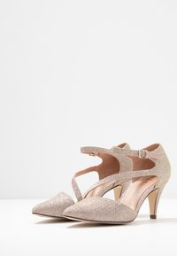 Call it Spring - EMELYA - Classic heels - light pink - 4