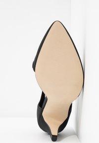 Call it Spring - EMELYA - Classic heels - black - 6
