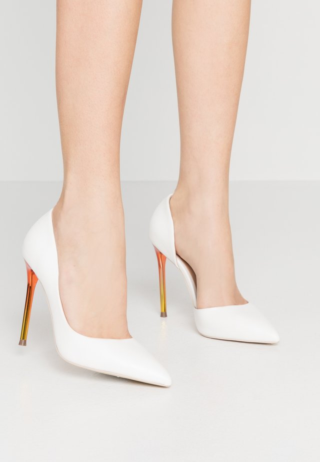 NAOMII - High Heel Pumps - white