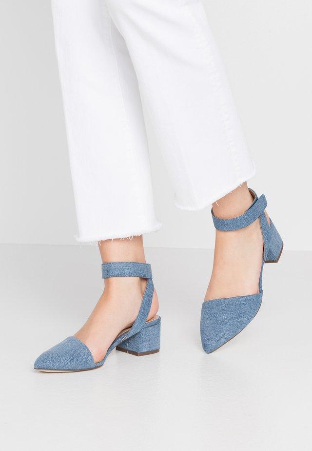 BETHANIA - Klassiske pumps - medium blue