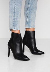Call it Spring - TULIPE - High heeled ankle boots - black - 0