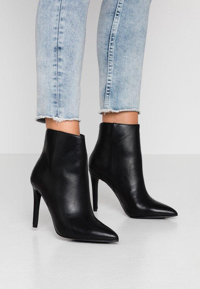 TULIPE - High Heel Stiefelette - black