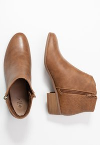Call it Spring - CALLIIE - Ankle boots - cognac - 3