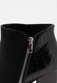Call it Spring - LARRA - Ankle boot - black - 2