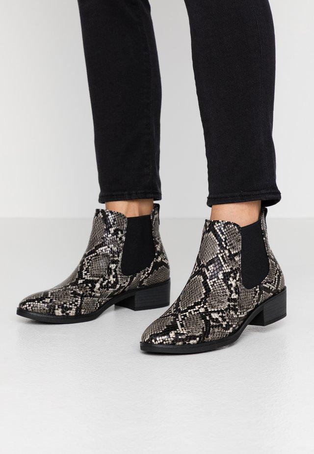 CONIPERDA - Ankle Boot - light grey