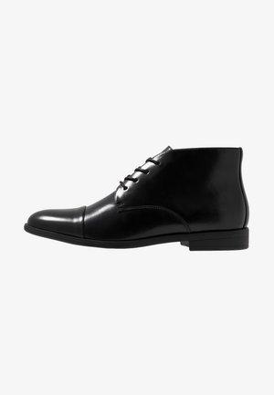 LAROAN - Smart lace-ups - black