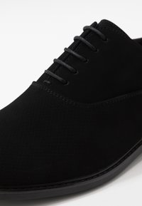 Call it Spring - FRESIEN - Business-Schnürer - black