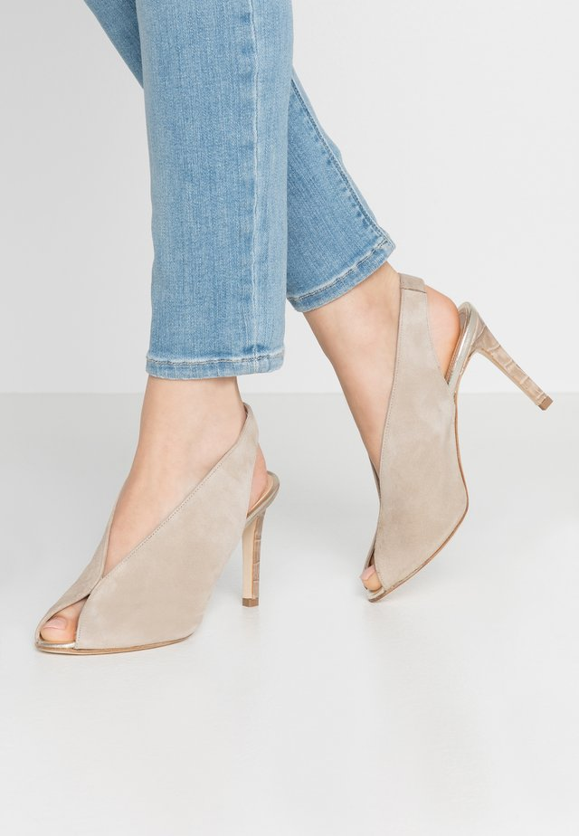 Peeptoe heels - camel/kenia taupe