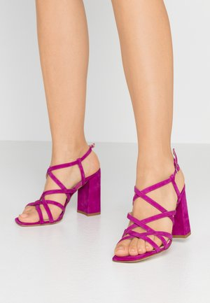 High heeled sandals - carnival