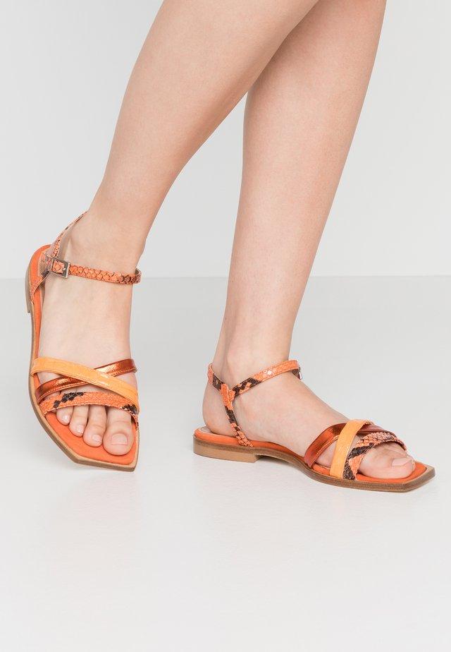 Sandály - arancio/melone