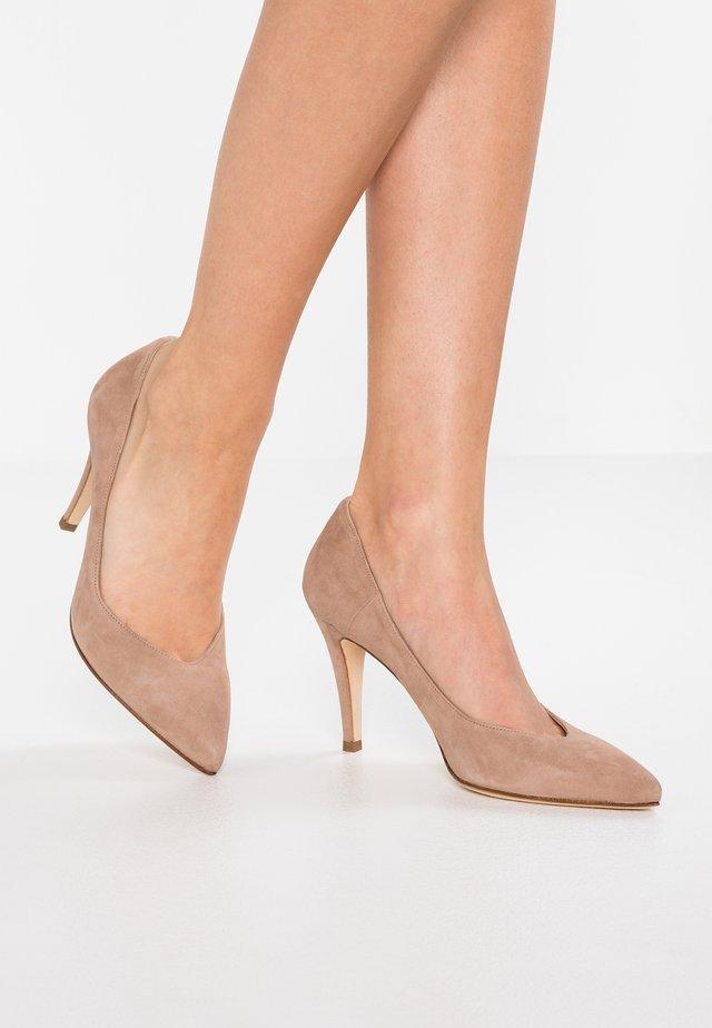 High heels - teddy