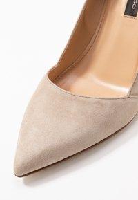 Alberto Zago - High heels - corda - 2