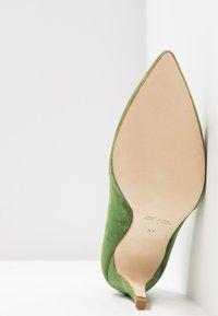 Alberto Zago - High heels - trifoglio - 6