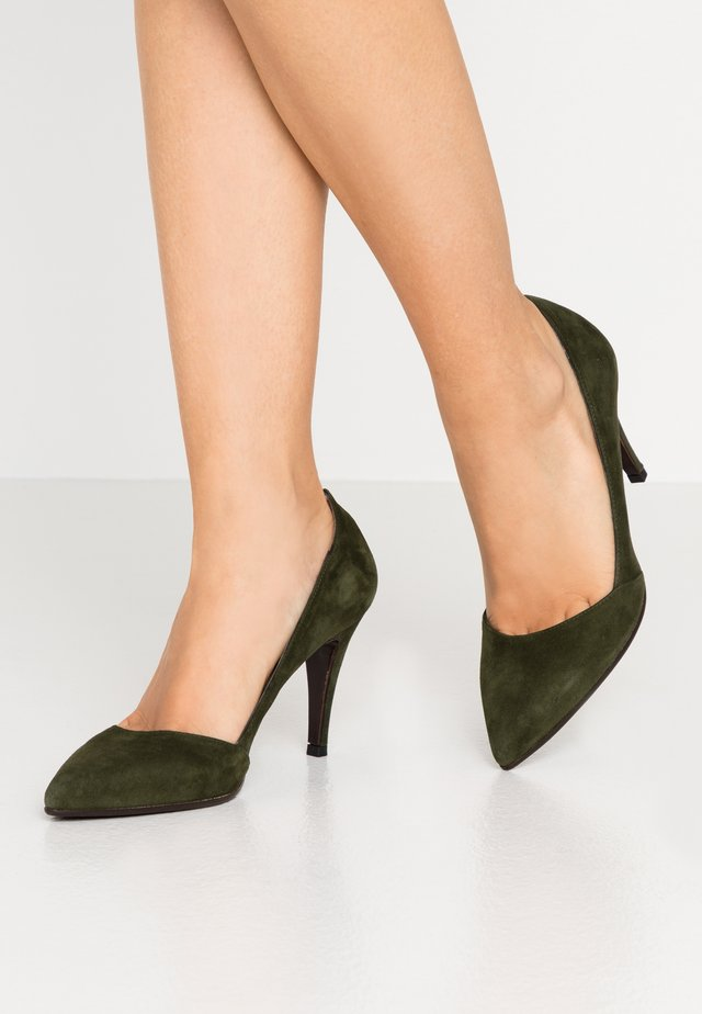 High Heel Pumps - verde