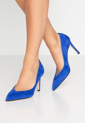 High heels - cina