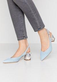 Alberto Zago - Classic heels - azzurro/jeans - 0