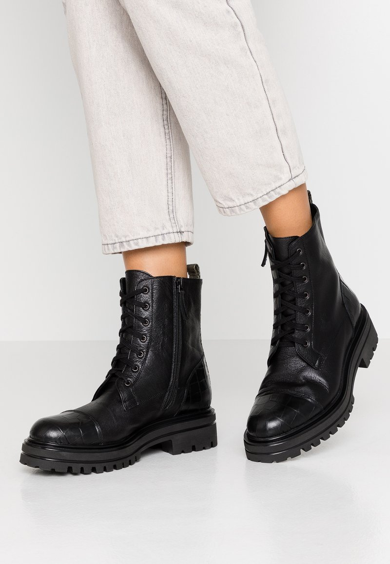 Alberto Zago - Platform ankle boots - nero/olivio
