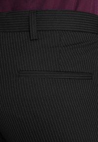 Bertoni - SVENDSEN JEPSEN - Suit - blueprint - 11