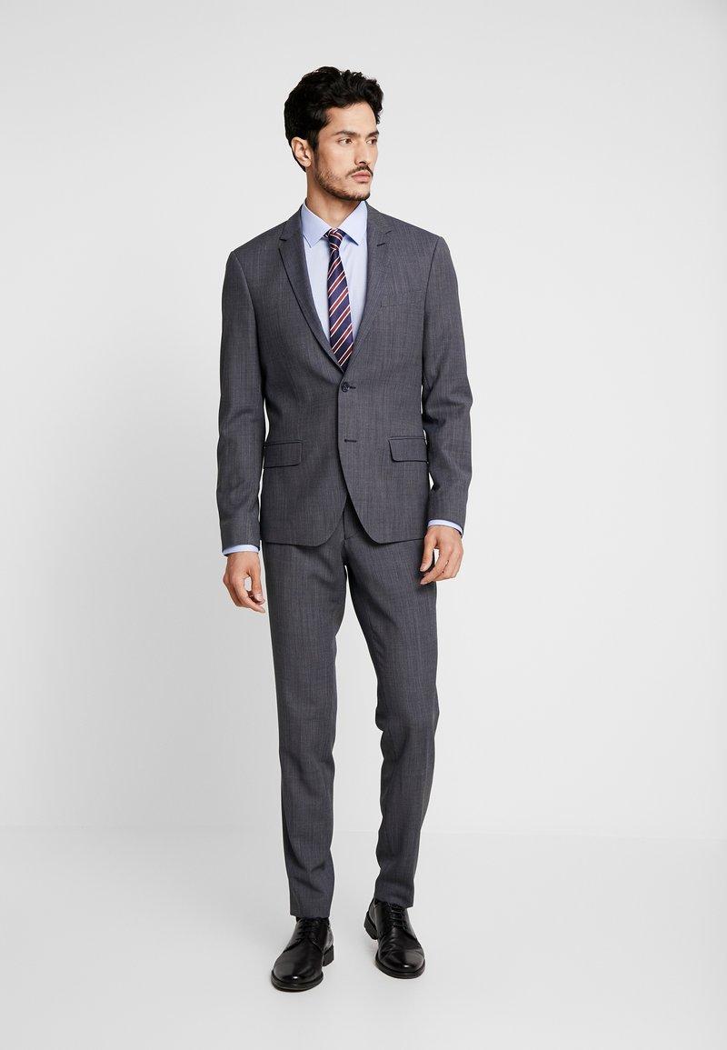 Bertoni - ANDERSON JEPSEN SUIT - Suit - dark atlantic