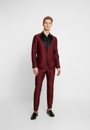 KARLSEN BLOCH - Suit - tibitan red