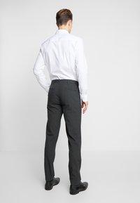 Bertoni - ANDERSON JEPSEN SUIT - Dress - anthracite melange - 5