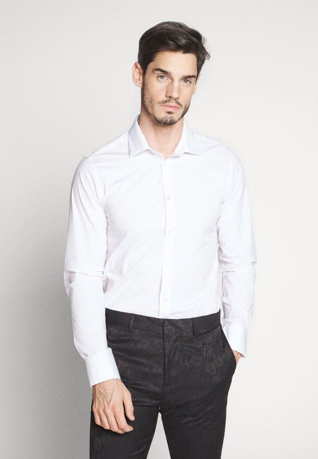 GUSTAV - Formal shirt - white