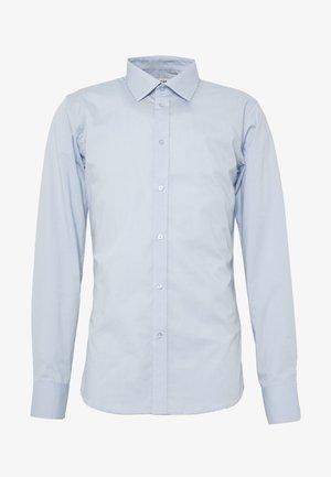 GUSTAV - Formální košile - little boy blue