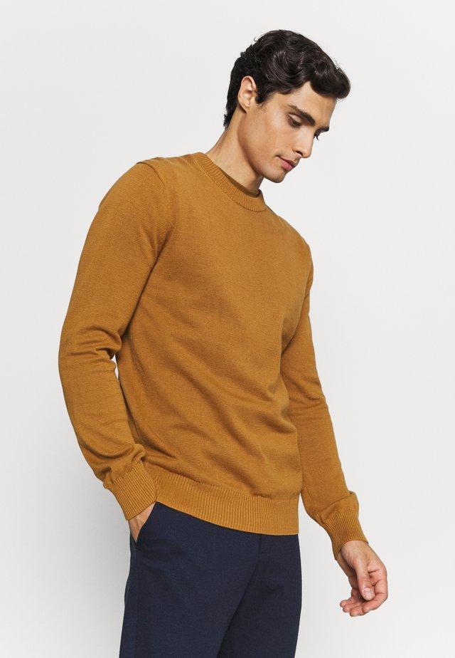 JONAS - Stickad tröja - pumpkin spice