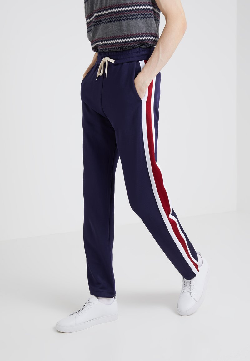 Band of Outsiders - TECH TRACK TROUSERS - Pantalon de survêtement - kitzbuhel navy