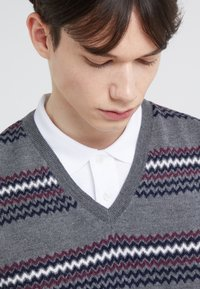 Band of Outsiders - FAIRISLE - Pullover - verbier grey - 4