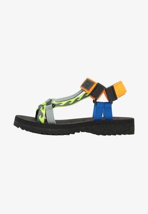 Sandals - neon orange