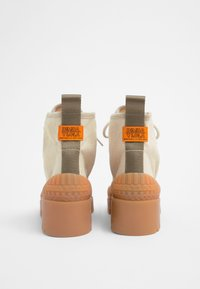 Bimba Y Lola - BIMBA Y LOLA BEIGE CANVAS TREKKING BOOT - Lace-up ankle boots - natural - 4