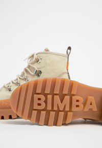 Bimba Y Lola - BIMBA Y LOLA BEIGE CANVAS TREKKING BOOT - Lace-up ankle boots - natural - 6