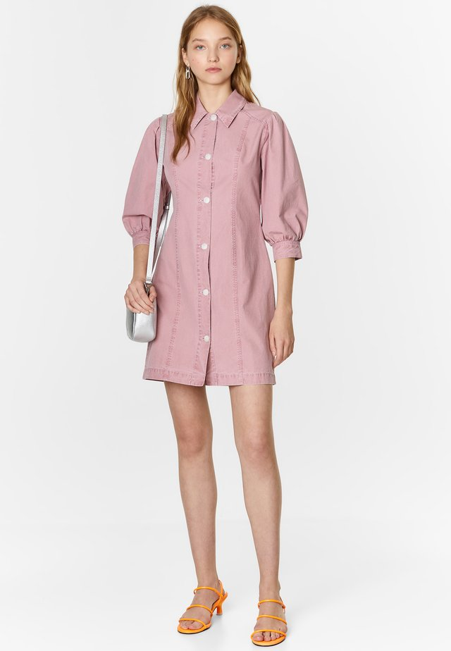 BIMBA Y LOLA SHORT PINK SHIRT DRESS - Spijkerjurk - pink