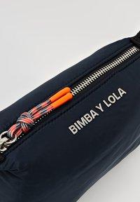 Bimba Y Lola - Kosmetiktasche - navy - 5