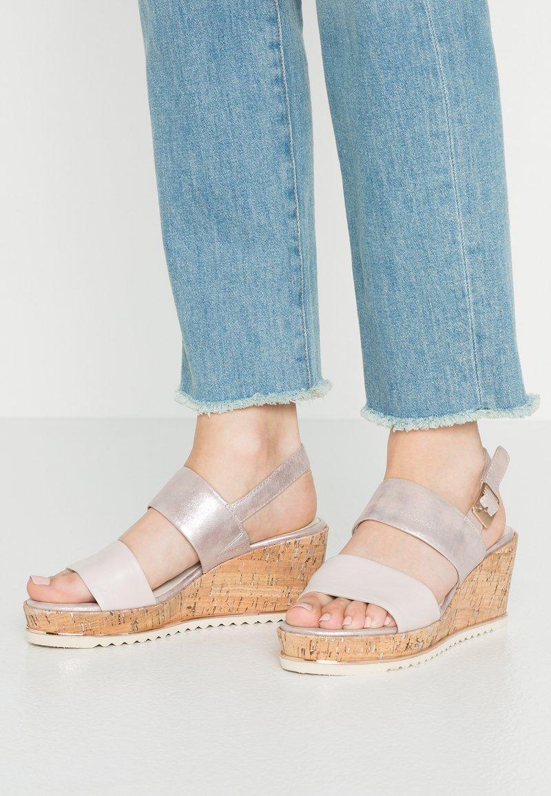 Be Natural - Platform sandals - rose