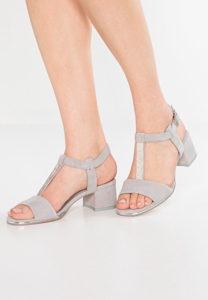 Be Natural - Sandals - light grey