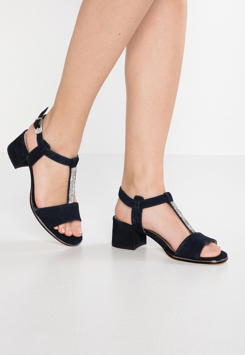 Be Natural - Sandals - navy