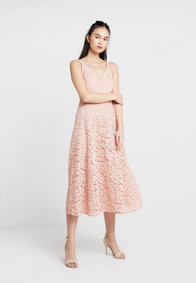 GENOVEVE DRESS - Cocktailkjoler / festkjoler - dusty rose