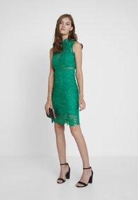 Bardot - ELENI DRESS - Koktejlové šaty/ šaty na párty - green lake - 1