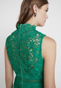 Bardot - ELENI DRESS - Koktejlové šaty/ šaty na párty - green lake - 4