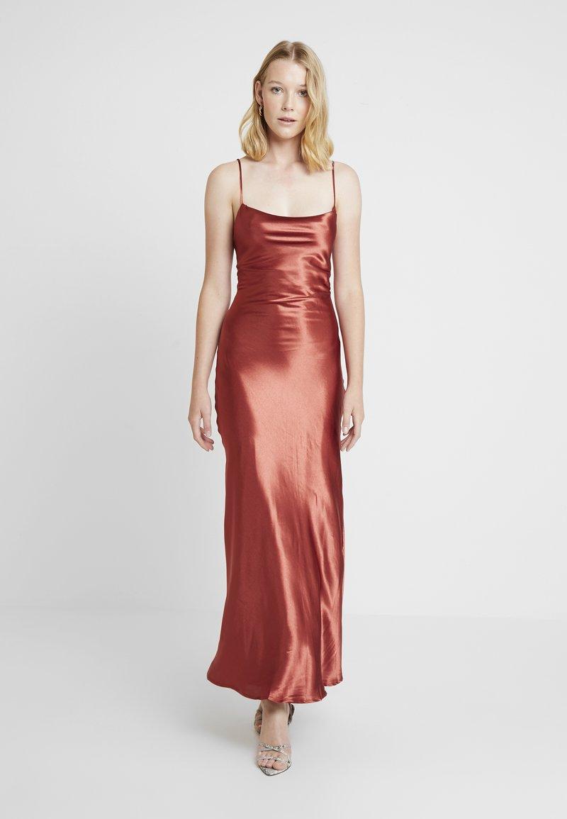 Bardot - ESTELLE DRAPE DRESS - Společenské šaty - burnt red