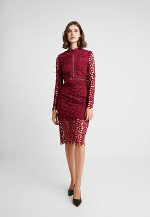 AIRFRATA DRESS - Cocktailkjoler / festkjoler - burgundy