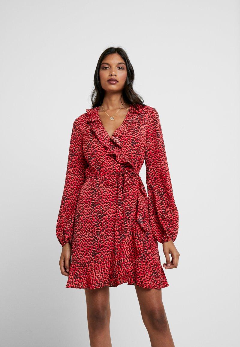 Bardot - NORA WRAP DRESS - Cocktailkleid/festliches Kleid - red